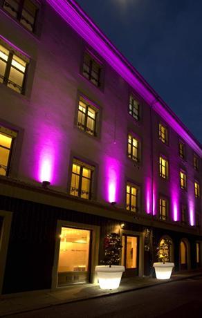La Cour des Augustins - Boutique Gallery Design Hotel - dream vacation