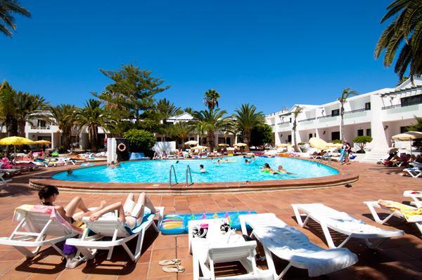 Apartamentos playa club puerto del carmen compare deals - Apartamentos baratos en lanzarote puerto del carmen ...