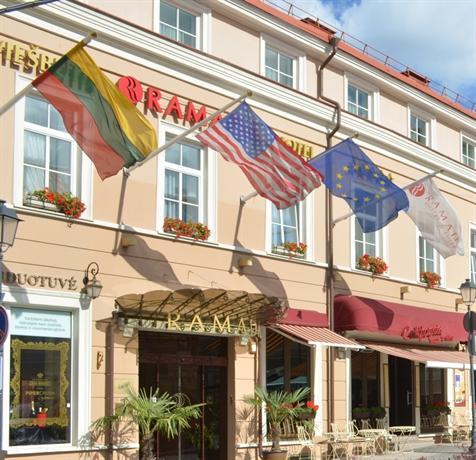 Ramada Hotel & Suites Vilnius - dream vacation