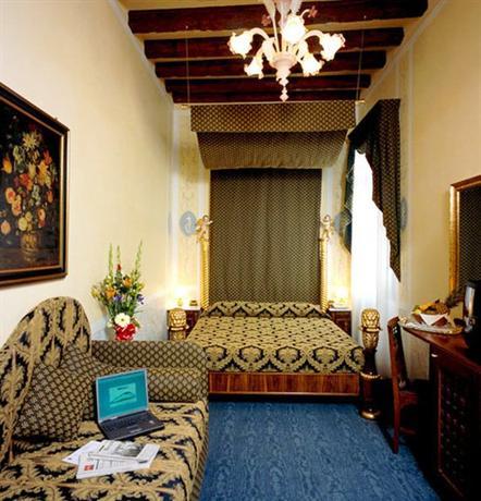 Hotel Ala (Adults Recom'd)