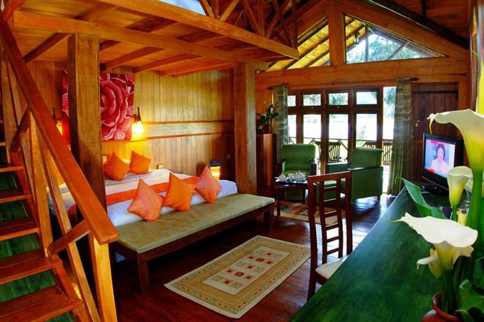 格雷戈里湖柿子酒店