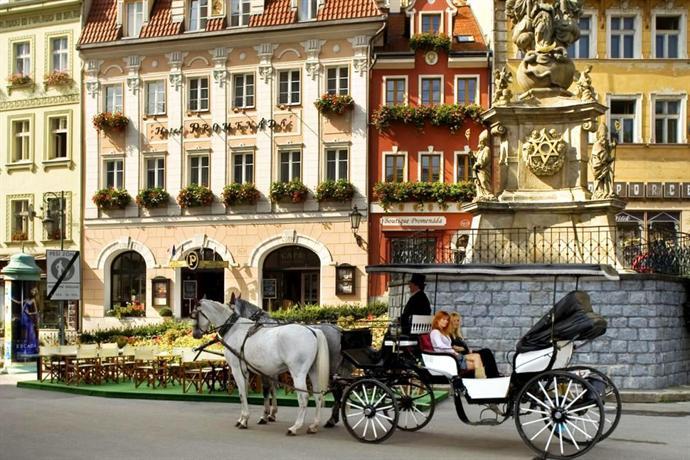 Promenada Romantic Hotel