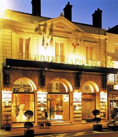 Hôtel Napoléon Fontainbleau - Fontainebleau -