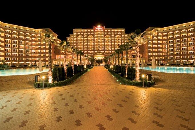 DIT Majestic Beach Resort - dream vacation