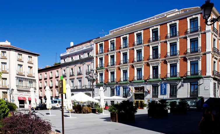 http://hotelpreisvergleich.mchotel.de/Hotel/Intur_Palacio_San_Martin.htm