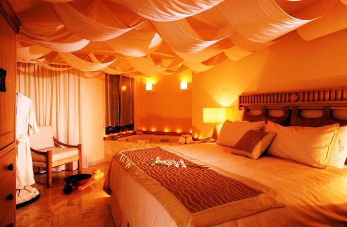 Villa premiere boutique hotel romantic getaway puerto for Most romantic boutique hotels