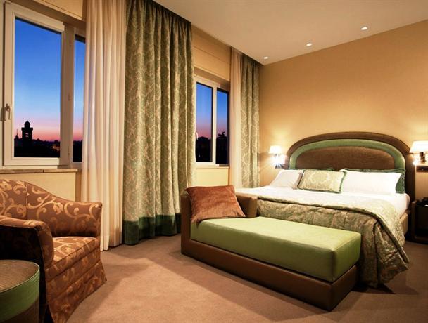 Hotel Nazionale Colonna Rome - dream vacation