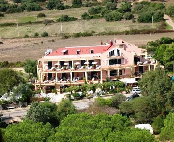 Aparthotel Domus De Janas Sul Mare - dream vacation