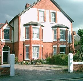 Shenley Lodge Bed & Breakfast Chester - dream vacation