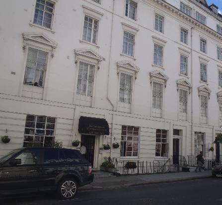 Royal Court Apartments London - Compare Deals