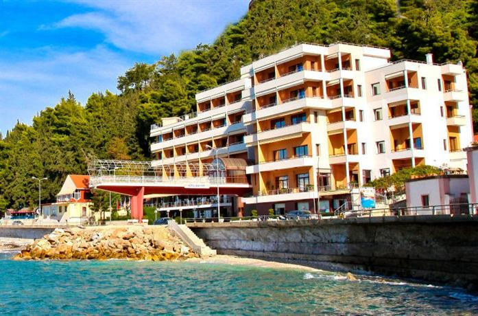 Hotel New York Vlore - dream vacation