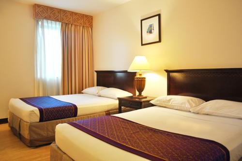 Subic Bay Travelers Hotel