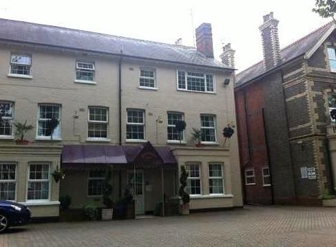 Donnington House Hotel Reading - dream vacation