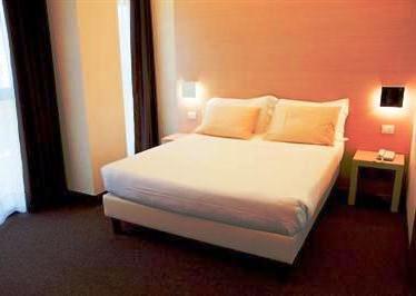 B4 Venezia Mestre Hotel - dream vacation