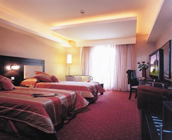 Parsian Evin Hotel - dream vacation