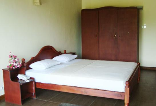 Hotel Elephant Bay Kegalle - dream vacation
