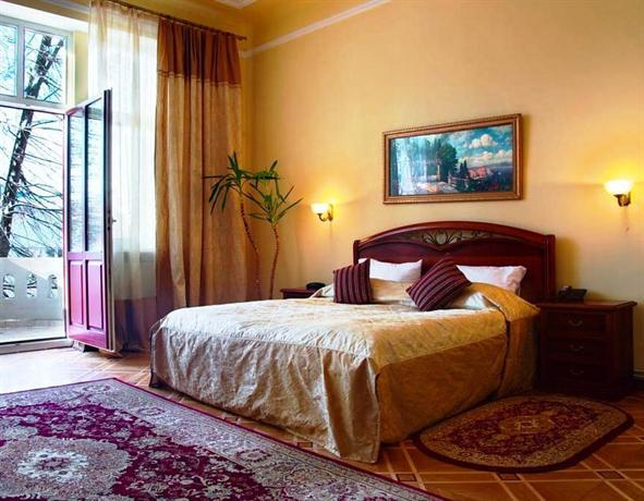 Lion\'s Castle Hotel - dream vacation