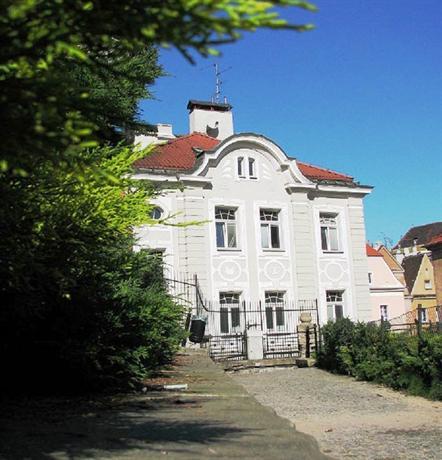 Hill Inn Poznan - dream vacation