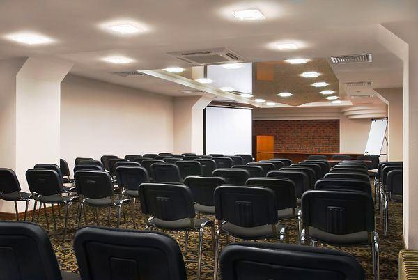 Отель Бенефит Плаза Конгресс