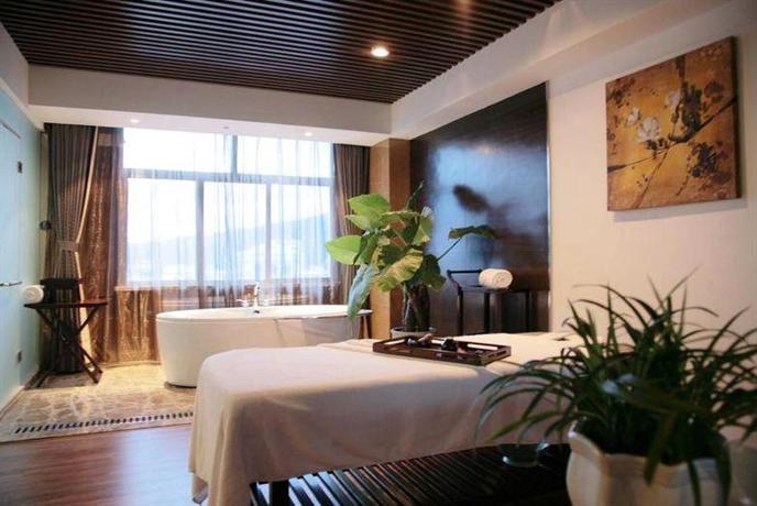 The Center Hotel Weihai