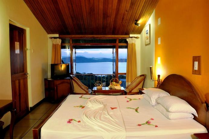 Giritale Hotel - dream vacation