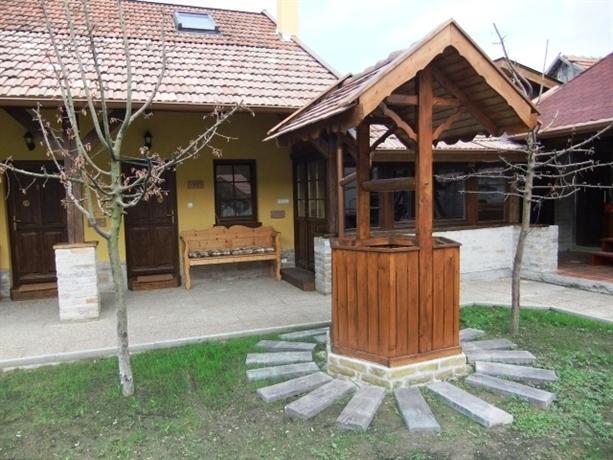 Gelleny-Balazs Szallo - dream vacation