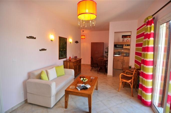 Myrties Boutique Apartments - dream vacation