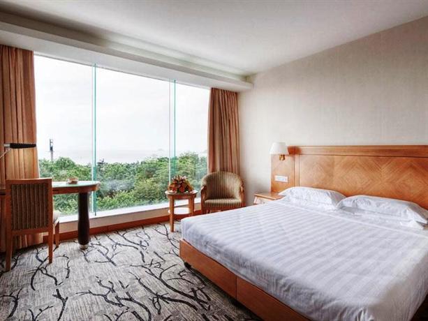 Starway Bihai Hotel - dream vacation