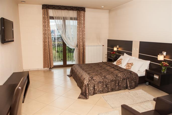 Corona Hotel Tychy - dream vacation