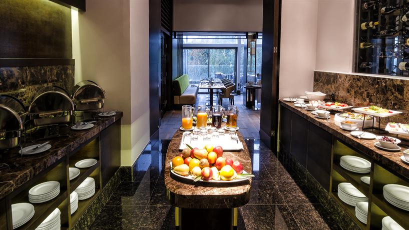 Hotel Metropol Palace a Luxury Collection Hotel