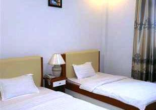 Hai Long Hotel - dream vacation