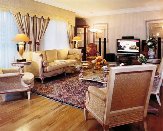 Esteglal East Wing Hotel Tehran - dream vacation