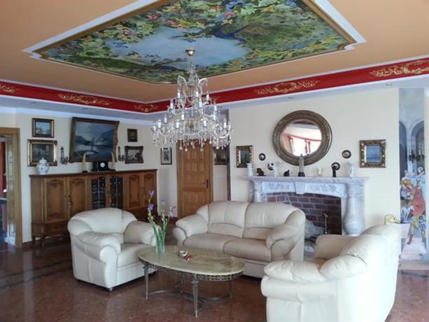 Weinbergschlosshotel Villa Antonio Orebic - dream vacation