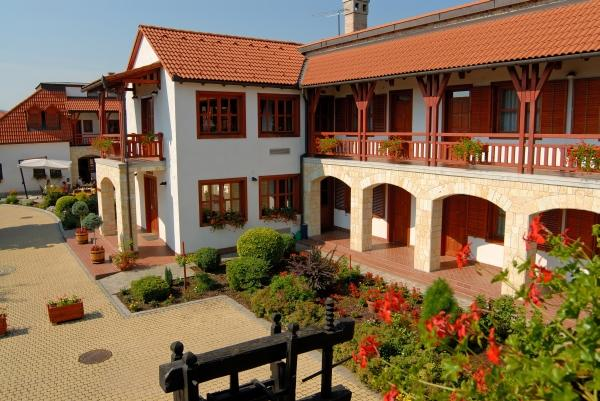 Magita Hotel - dream vacation