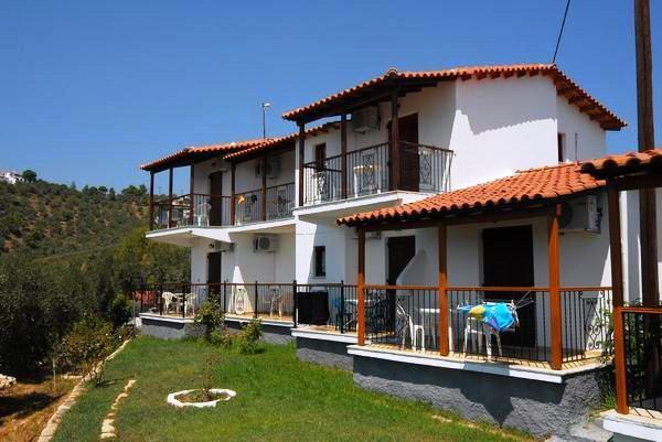 Elenis Village Studios & Aparmtents Achladies - dream vacation