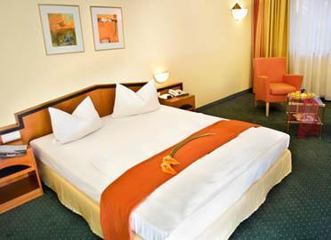 Holiday Inn Passau - dream vacation