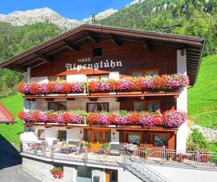 Haus Alpengluhn Langenfeld - dream vacation