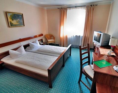 Hotel Restaurant Hubertus Karlsfeld - dream vacation