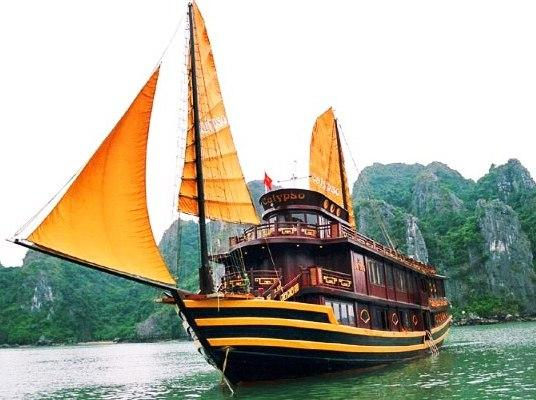 Luxury Calypso Cruiser Halong - dream vacation