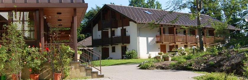 aktiv hotel aschau aschau im chiemgau compare deals. Black Bedroom Furniture Sets. Home Design Ideas