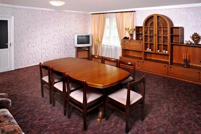 Отель Горняк