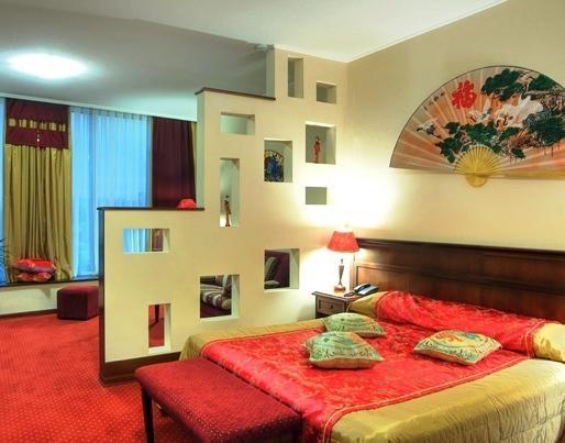 Отель Red Royal