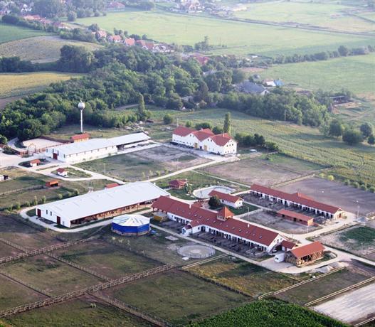 Biofarm Panzio Kajaszo - dream vacation