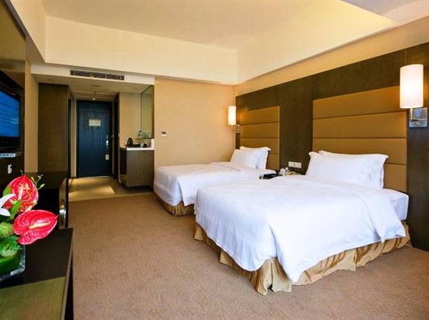 Shunde Jiaxin Conifer Hotel