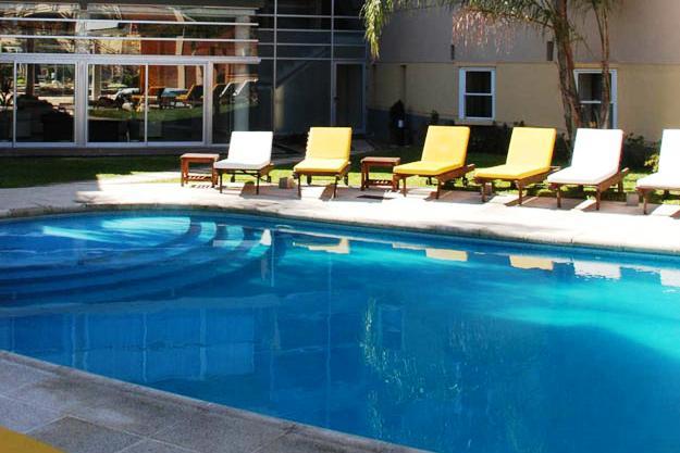 Hotel Plaza Belgrano Colon - dream vacation