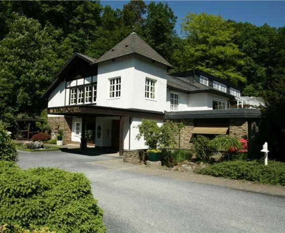 Romantik Waldhotel Mangold - dream vacation
