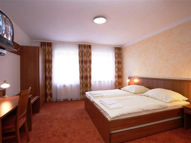 Hotel - Restaurant Zorbas - dream vacation