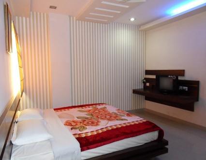 Hotel Manoj International - dream vacation