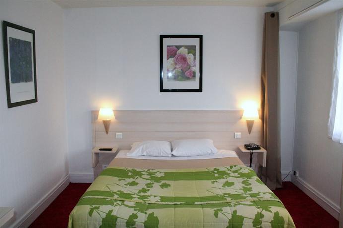 Hotel De La Vieille Tour Vevey Switzerland Booking Com