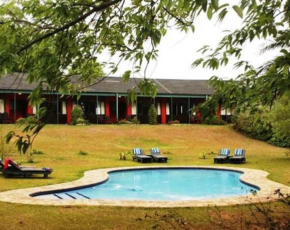 Foresters Arms Hotel Mhlamanyati - dream vacation